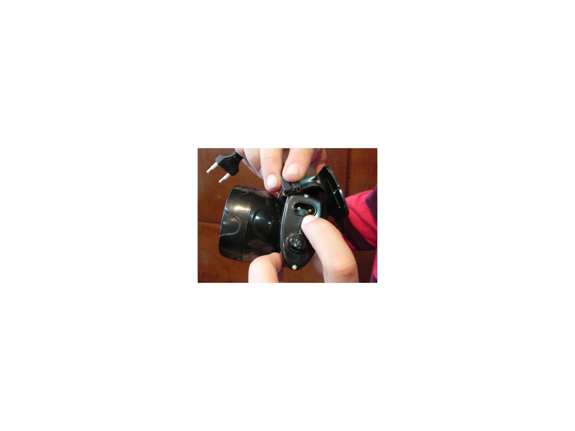 Lanterna Nautika De Cabeça Recarregável Fenix 5 Led`s