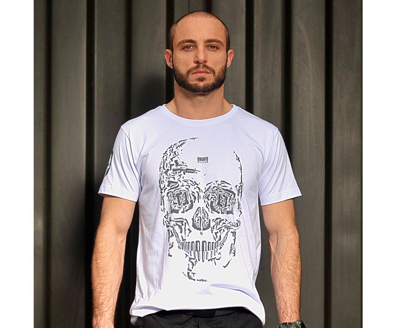 Camiseta Bravo Estampada Caveiras Arms -branca